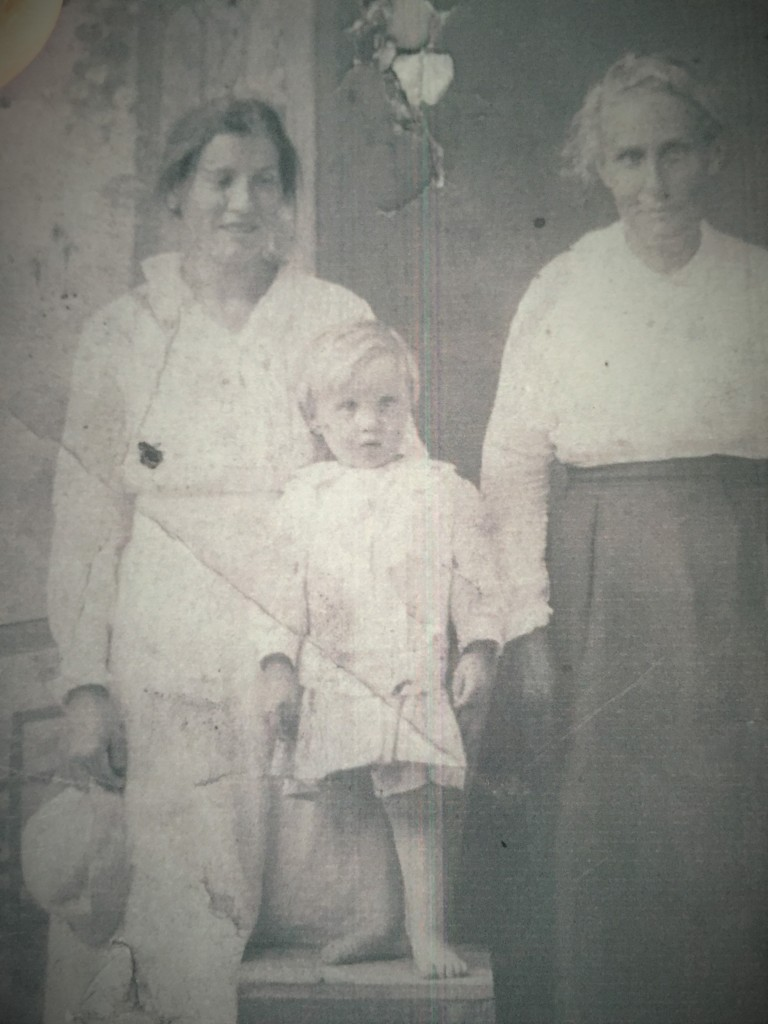Granny Ruth with her son, Woodrow Wilson, and her mother, Louise Shropshire.