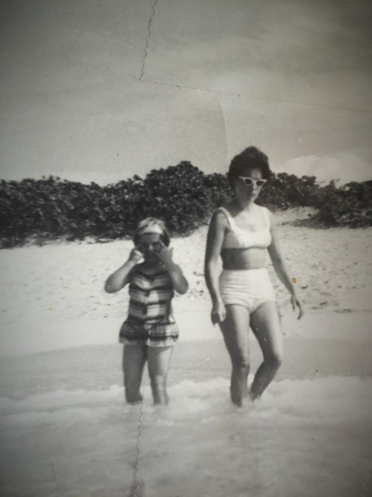 Me & Mama Hawaii