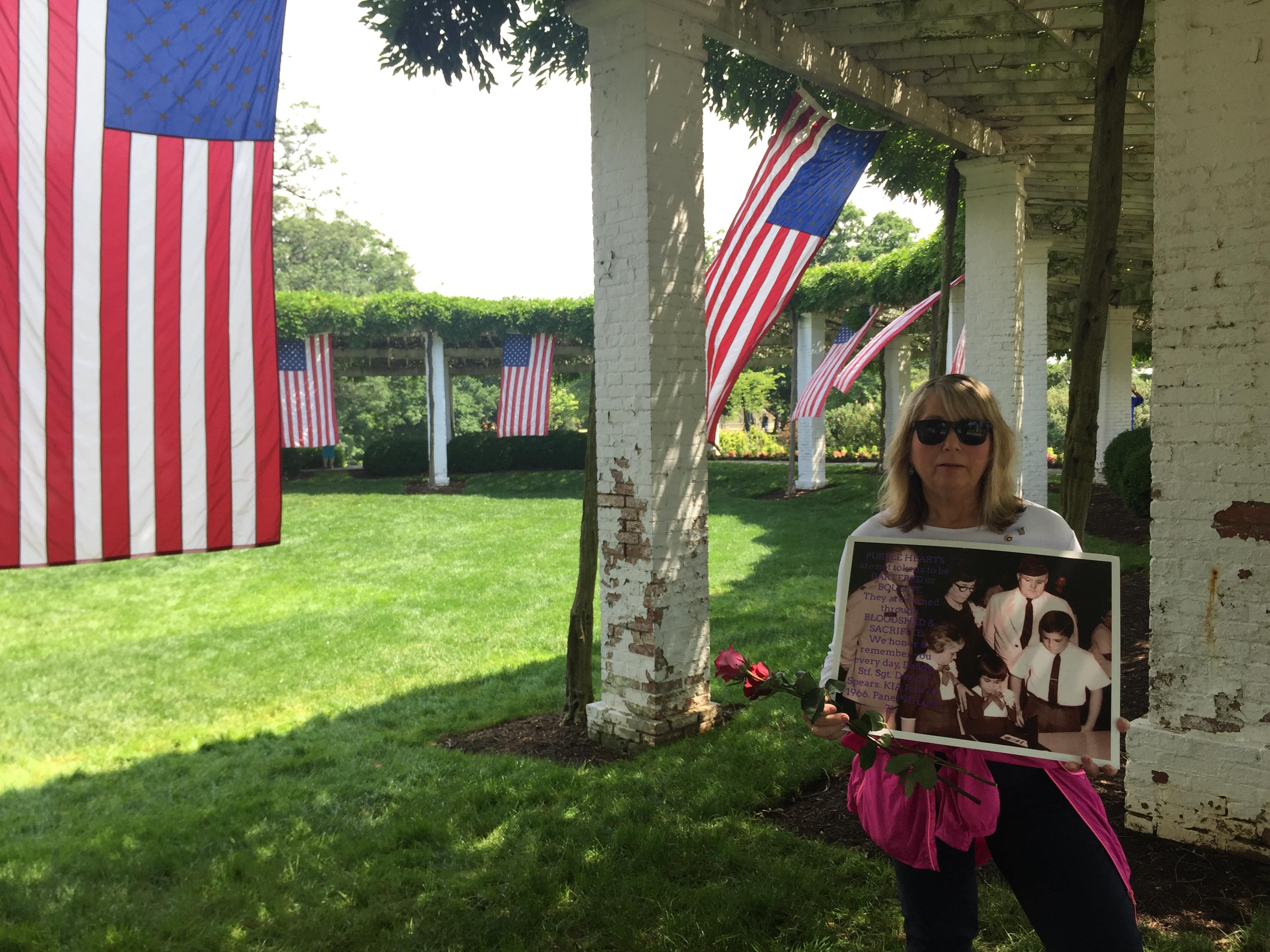 Protesting the Protestors at Arlington