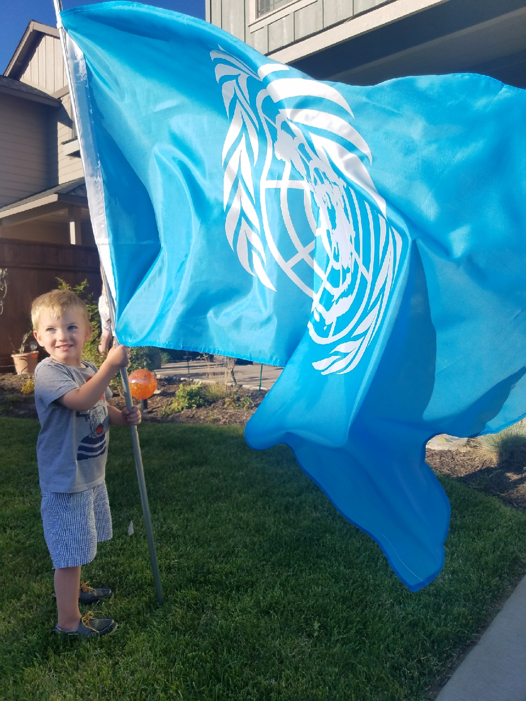 Flying UN Flag for the 4th: Gold Star daughter explains